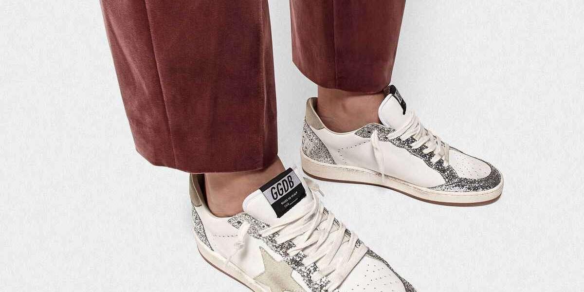 Golden Goose Sneakers she