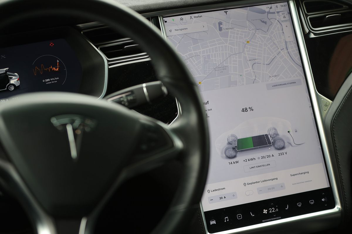 Tesla Suffers Network Outage Disabling Vehicles' Mobile App - Bloomberg