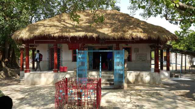 জামালপুরের বাবা বুড়োরাজের মন্দিরের সঙ্গে জড়িয়ে রয়েছে অলৌকিক ইতিহাস | Bangla Amar Pran - The glorious hub for the Bengal