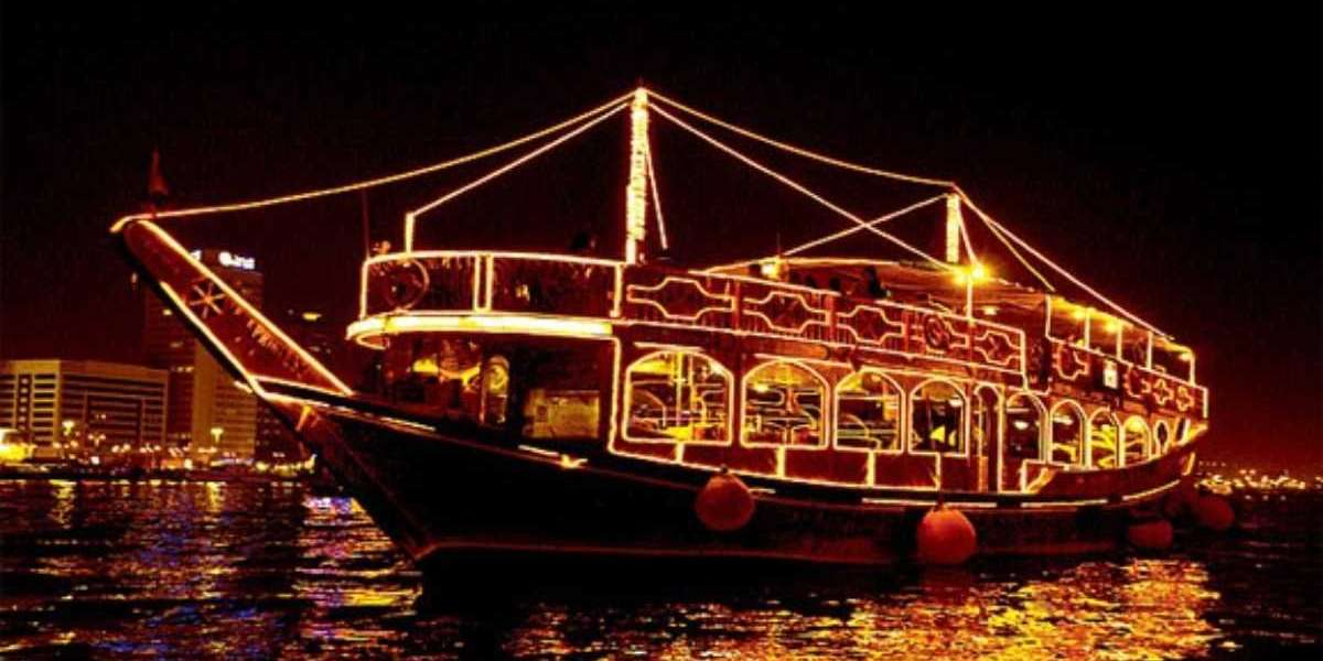 What's special about the dhow cruise Dubai?